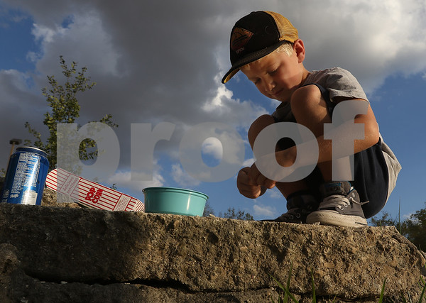 dnews_1009_Olsons_Fishing_06