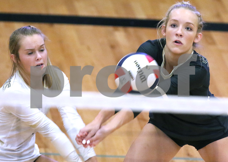 dc.sports.1009.sycamore volleyball07