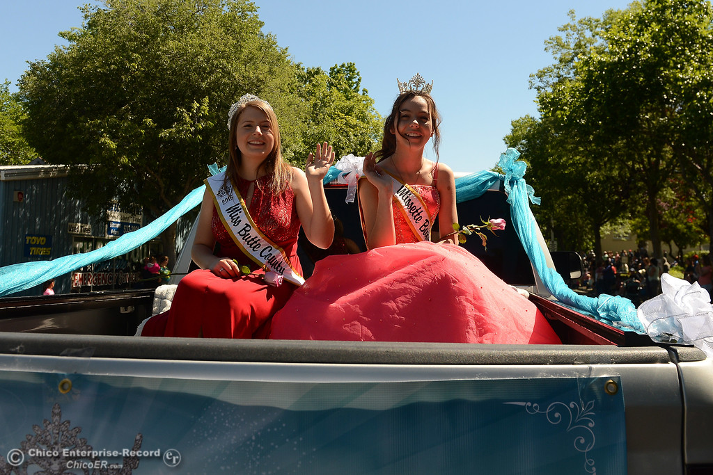 . Mis Butte County 2016 Brianna Brockman, left, and Missete Butte County 2016 Melanie Cunningham wave as Feather Fiesta Days feature a parade, a car show, a chili cook off and more Saturday, May 13, 2017, in downtown Oroville, California. (Dan Reidel -- Enterprise-Record)