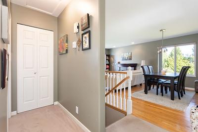 1010 Hallway Stairway