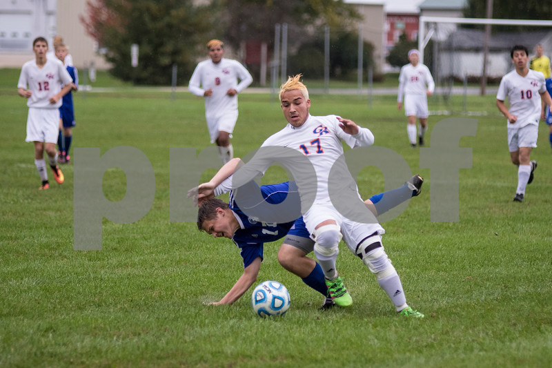 Sam Buckner for Shaw Media.<br /> Damen Tijerina gets around a Westminister Christian player during the regional semi-final game on Wednesday October 12, 2016.