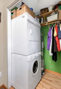 1013 Laundry