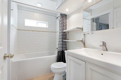 1013 Bath 1