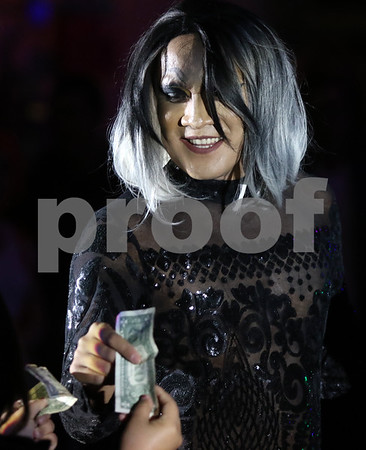 dnews_1013_Drag_Show_17