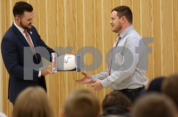 dnews_1018_Kish_Award_01