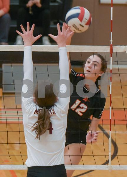 dc.sports.1019.dekalb volleyball03