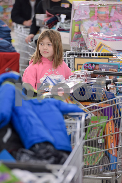 Toys 4 Tots Shopping_04