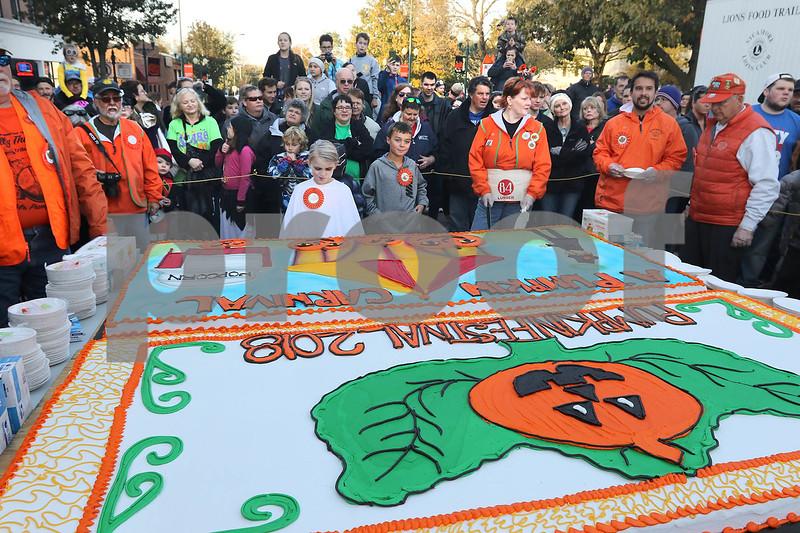 dc.1025.Pumpkin Fest Kickoff03