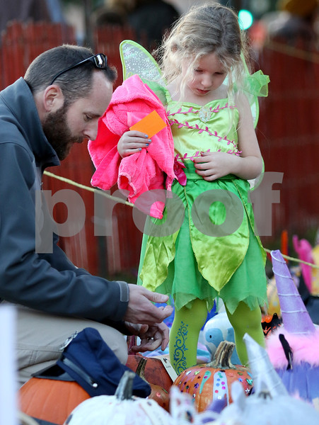 dnews_1025_Pumpkin_Fest_08