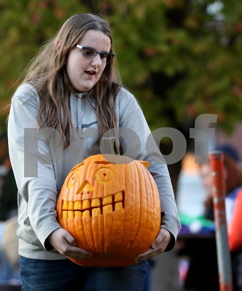 dnews_1025_Pumpkin_Fest_04