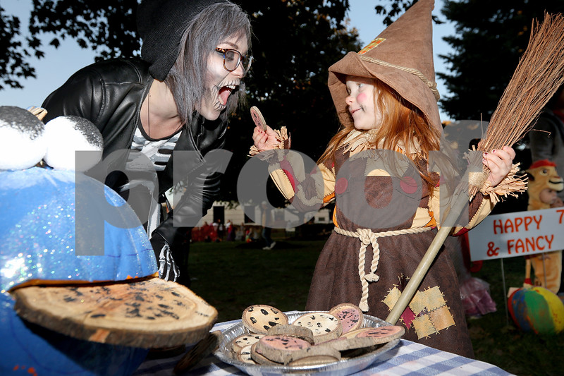 dnews_1025_Pumpkin_Fest_01