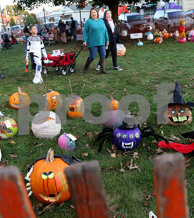 dnews_1025_Pumpkin_Fest_10