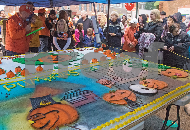 dnews_1026_Pumpkin_Fest_05