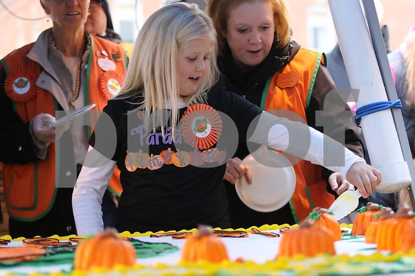 dnews_1026_Pumpkin_Fest_01