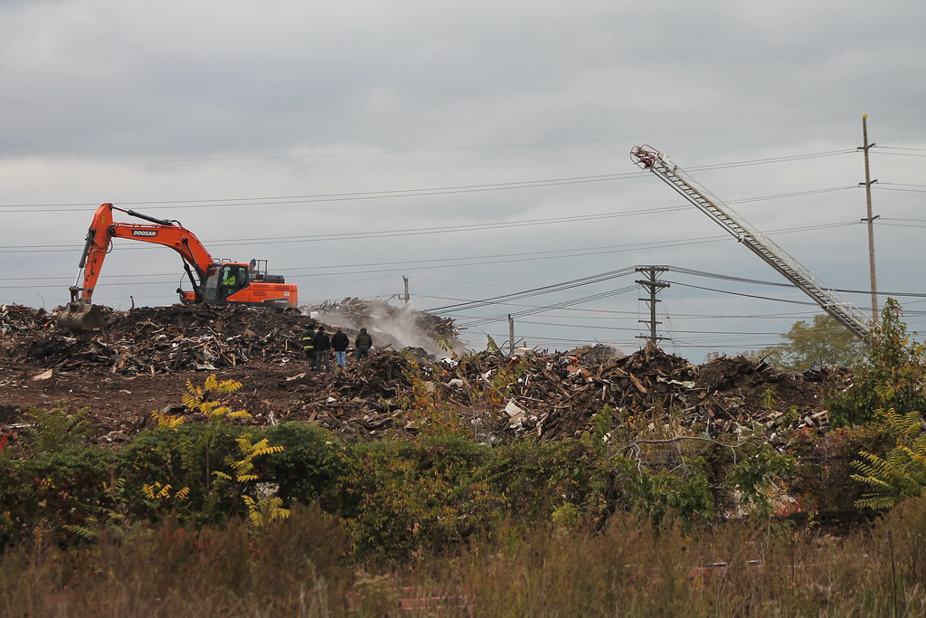 . Kristi Garabrandt � The News-Herald <br> A fire occurred at an East Cleveland landfill formerly owned by Arco Recycling, located at 1075 Noble Road. Firefighters were on the scene. Officials declined to comment further on the fire.