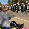 dnews_mon_1030_pumpkinparade1