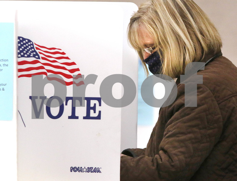 dc.1031.Early voting02