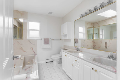 1074 Bath 1A