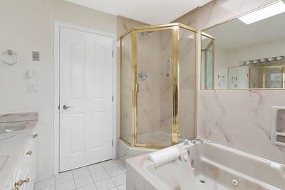 1074 Bath 1B