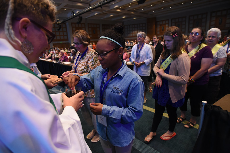 Tenth Triennial Convention | Jennifer Hall, Chicago, Il, Women of the ELCA staff intern.
