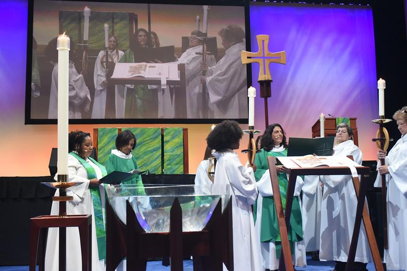 Tenth Triennial Gathering   Closing worship.