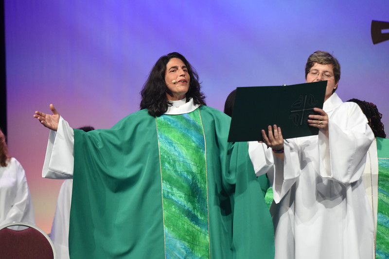 Tenth Triennial Gathering | Rev. Barbara Lund, Executive Director of Wisdom Ways, St. Paul, Minn., presided at closing worship.