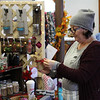 Peabody111718-Owen-historical society craft fair14
