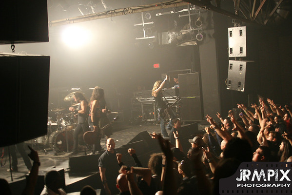 2011-Oct-30-WarehouseLive
