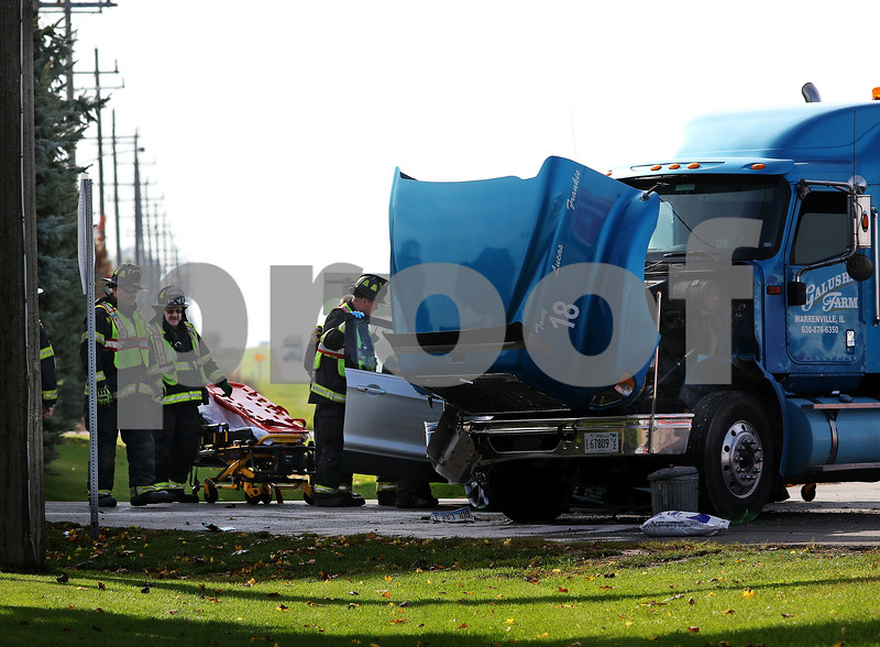 dnews_1101_Vehicle_Crash_05