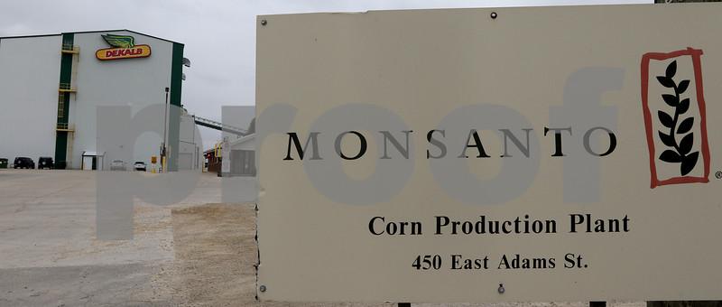 dnews_1101_Monsanto_AgMag_