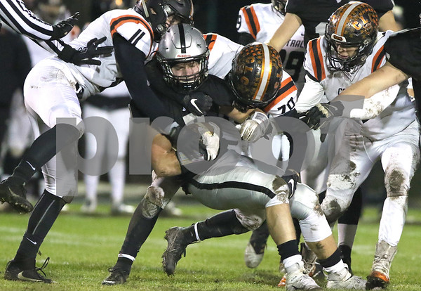 dc.sports.1102.kaneland CLC football02