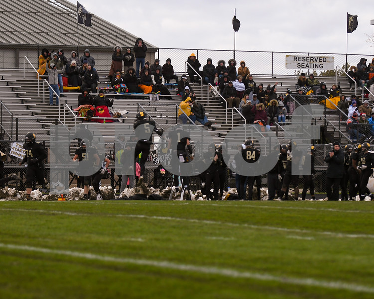 dc.sports.1104.sycamore football15