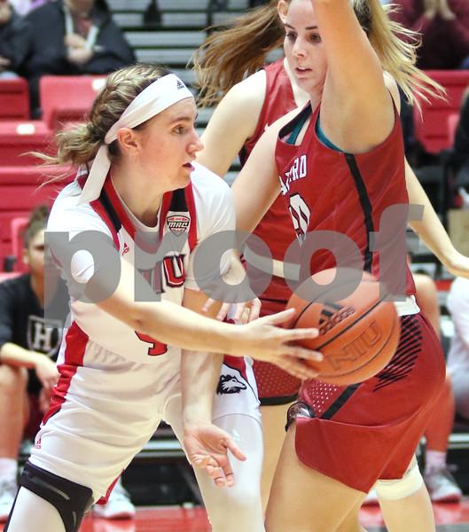 dc.sports.NIU girls basketball Woods01