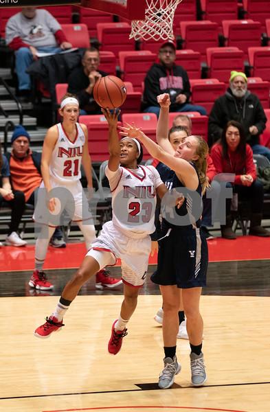 dc.sports.1109.niu womens basketball