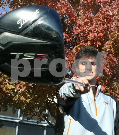 dc.sports.boys golf POY02