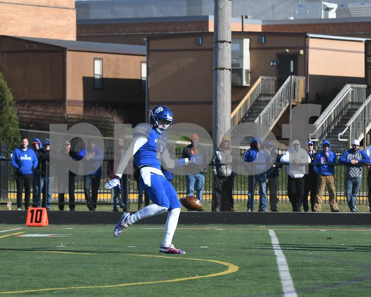 dc.sports.1112.gk football07