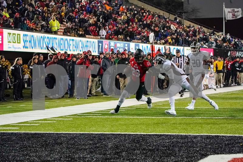 DC.Sports.1115.NIU_Western_MIchigan_football