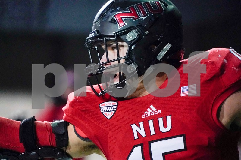DC.Sports.1115.NIU_Western_MIchigan_football