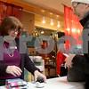 dnews_1121_Shop_Local_07