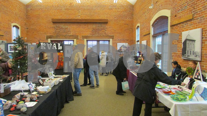 Aimee Barrows for Shaw Media<br /> KVAL hosts its Holiday Arts and Crafts Market in Sycamore's Old Train Depot.