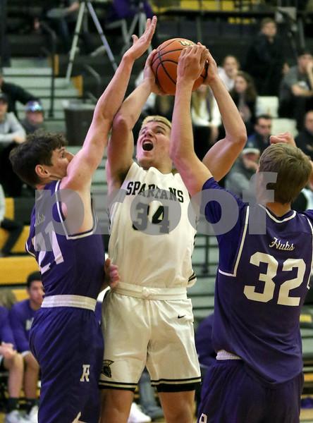 ddc.sports.1124.sycamore.boys.basketball08