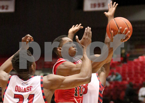 dspts_1126_MBball_NIU_UIC_10