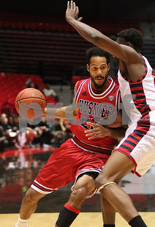 dspts_1126_MBball_NIU_UIC_11