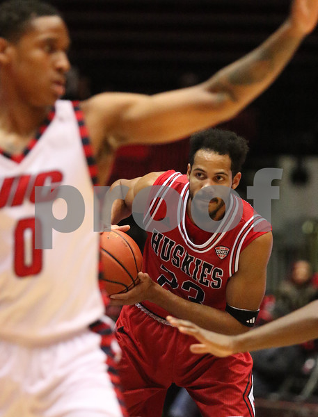 dspts_1126_MBball_NIU_UIC_07