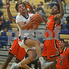 112819.SPORTS.Oswegoboysbasketball1