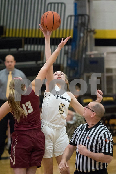 Sam Buckner for Shaw Media.<br /> Kylie Feuerbach wins the tip off on Tuesday November 28, 2017 against Morris.