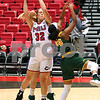 dc.sports.1129.niu women20