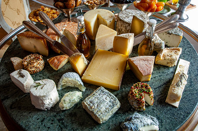 """Europe, France, Provence, Tourtour, hotel/restaurant """"La Bastide De Tourtour"""" ; selection of cheeses served, cheese-board"""