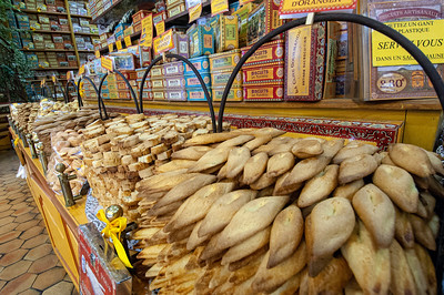 Europe, France, Provence, Camargue, Aigues-Mortes, biscuit and sweet shop