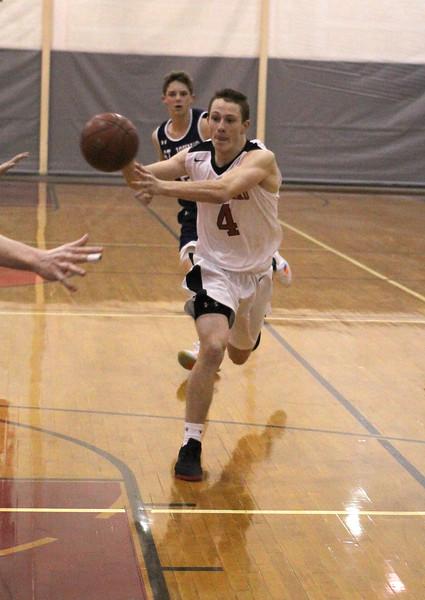 Marblehead121118-Owen-boys basketball marblehead st johns08